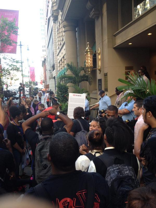 Delegation Attempts to Enter Building