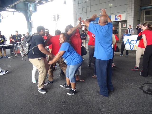 Dancing In the Streets at the Berks El Stop